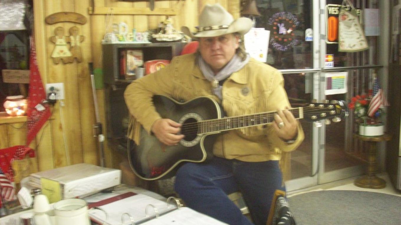 Cowboy Music – Beckie