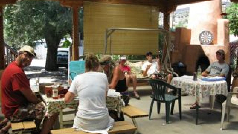 shaded dining patio at the Pilar Yacht Club – Eva Behrens