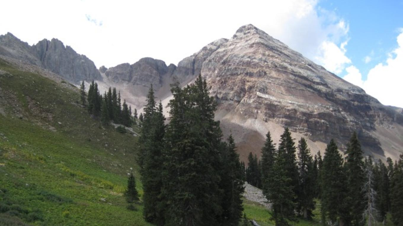 View of Hesperus peak while hiking up Sharkstooth trail, a great hike that's a 1 hour 20 minute drive from house – Rebecca Brunk