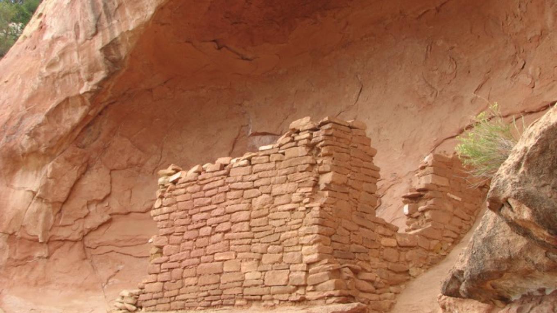 Closer view of the ruin – Rebecca Brunk