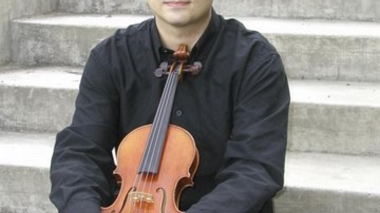 Carmelo de los Santos, Violinist