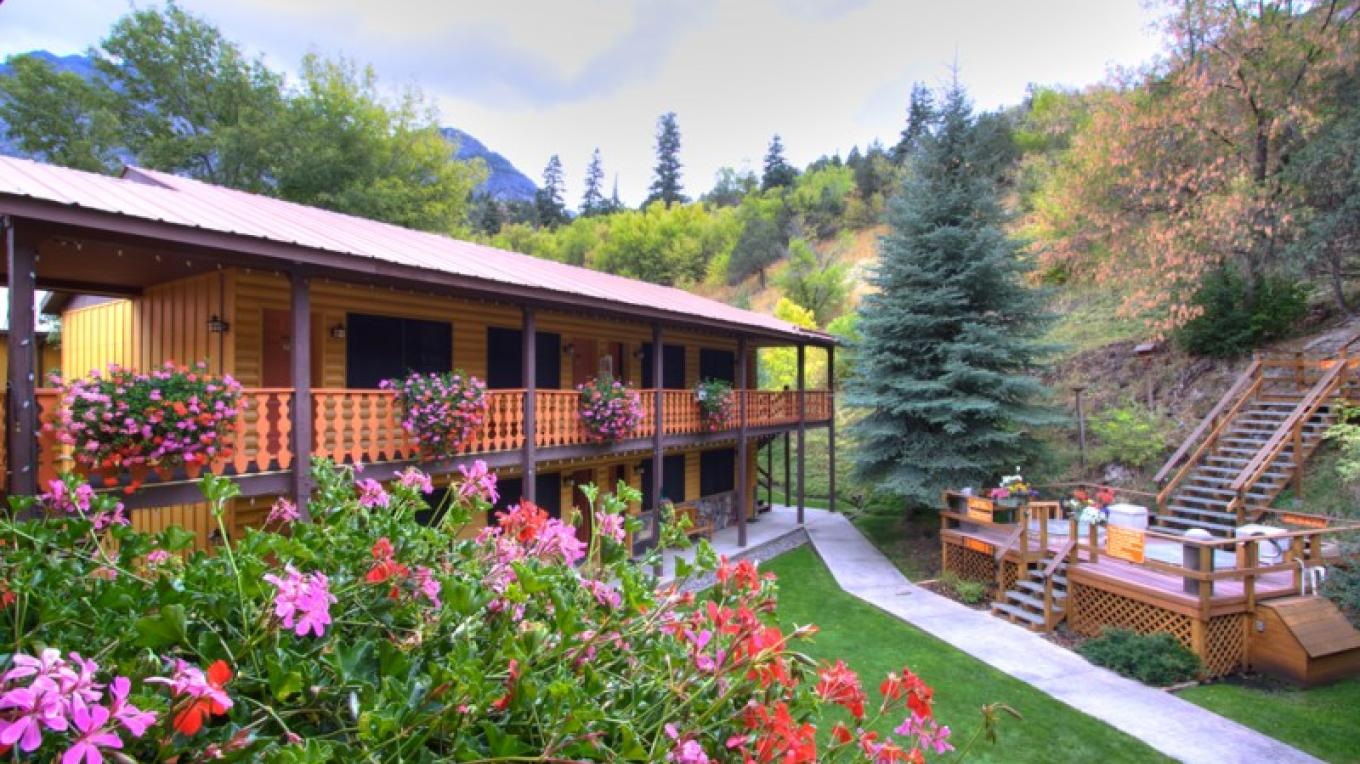 Back of property and hot springs – Karen Avery