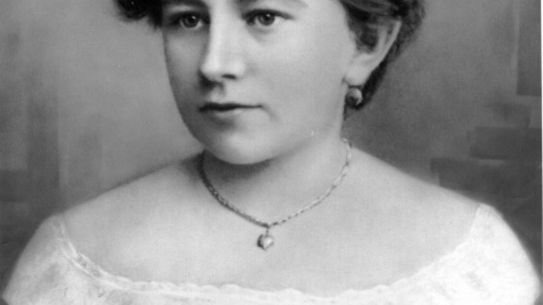 Portrait of Katherine Drexel in 1885 – Artisian Unknown