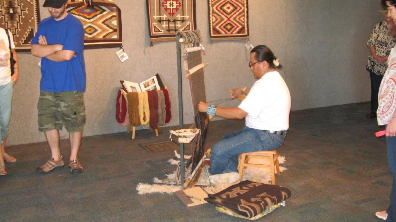 Weaving Demonstration – Farmington CVB