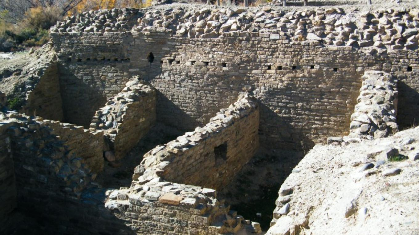 A view from the second level, just east of the Tower Kiva. – Larry L Baker