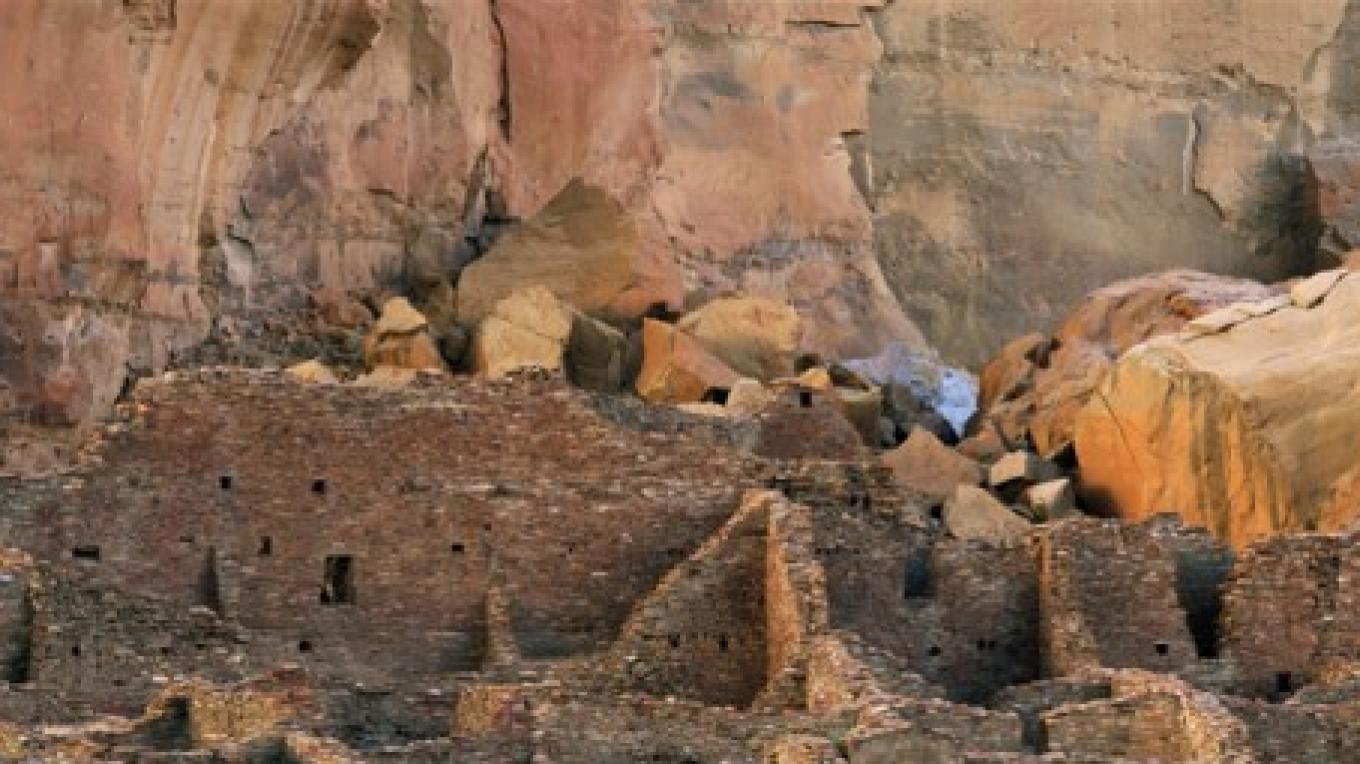Chaco Canyon – Terry Thompson