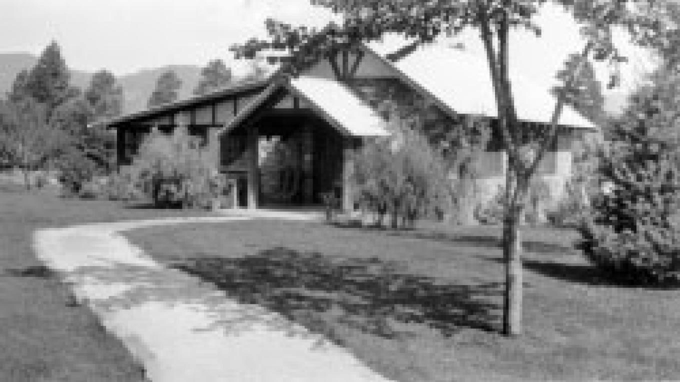 The Oppenheimer House in 1943 – From the Los Alamos Historical Museum Archives