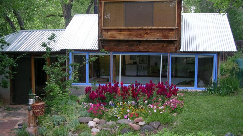 Casa Blanca's Garden Cottage – Roger Sweet