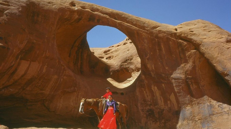 Navajoland Arch – Bruce Adams