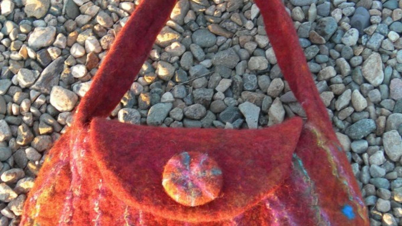 Felted purse – Nina Silfverberg