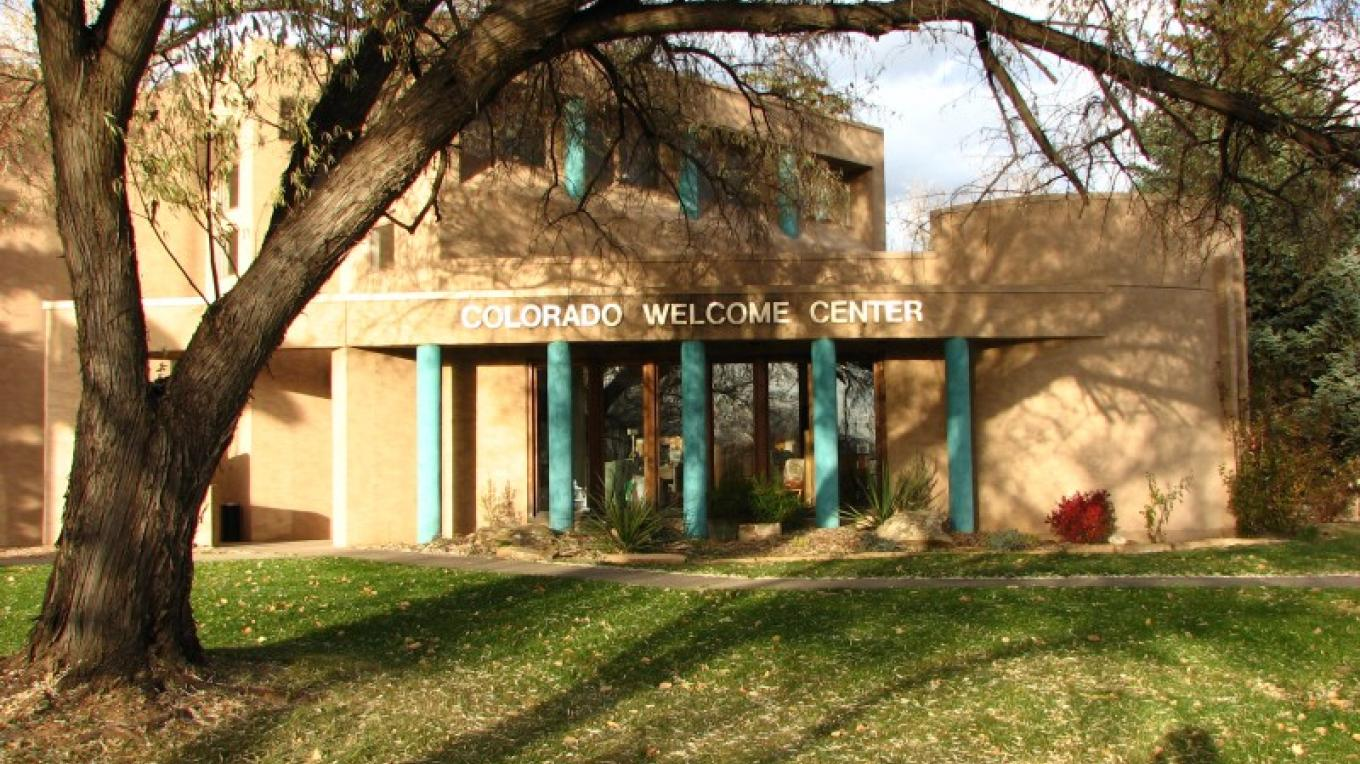 Street view of the Colorado Welcome Center, a fine place to plan your southwest adventures. – Courtesy of Mesa Verde Museum Association