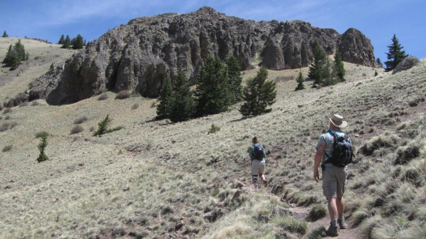 Approaching switchbacks to peak. – SO