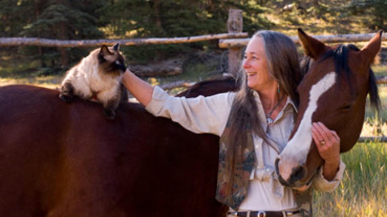 Jennifer Inge, jewelry designer and owner of Rare Things Gallery – Kara Brittain