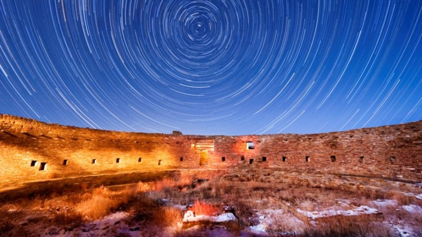Casa Rinconada with star trails – Tyler Nordgren