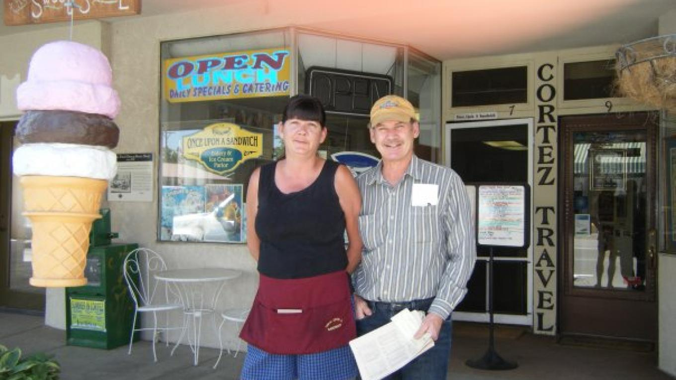 Rick and Carolyn Hesson, Owners of Once Upon A Sandwich – Courtesy of Once Upon A Sandwich