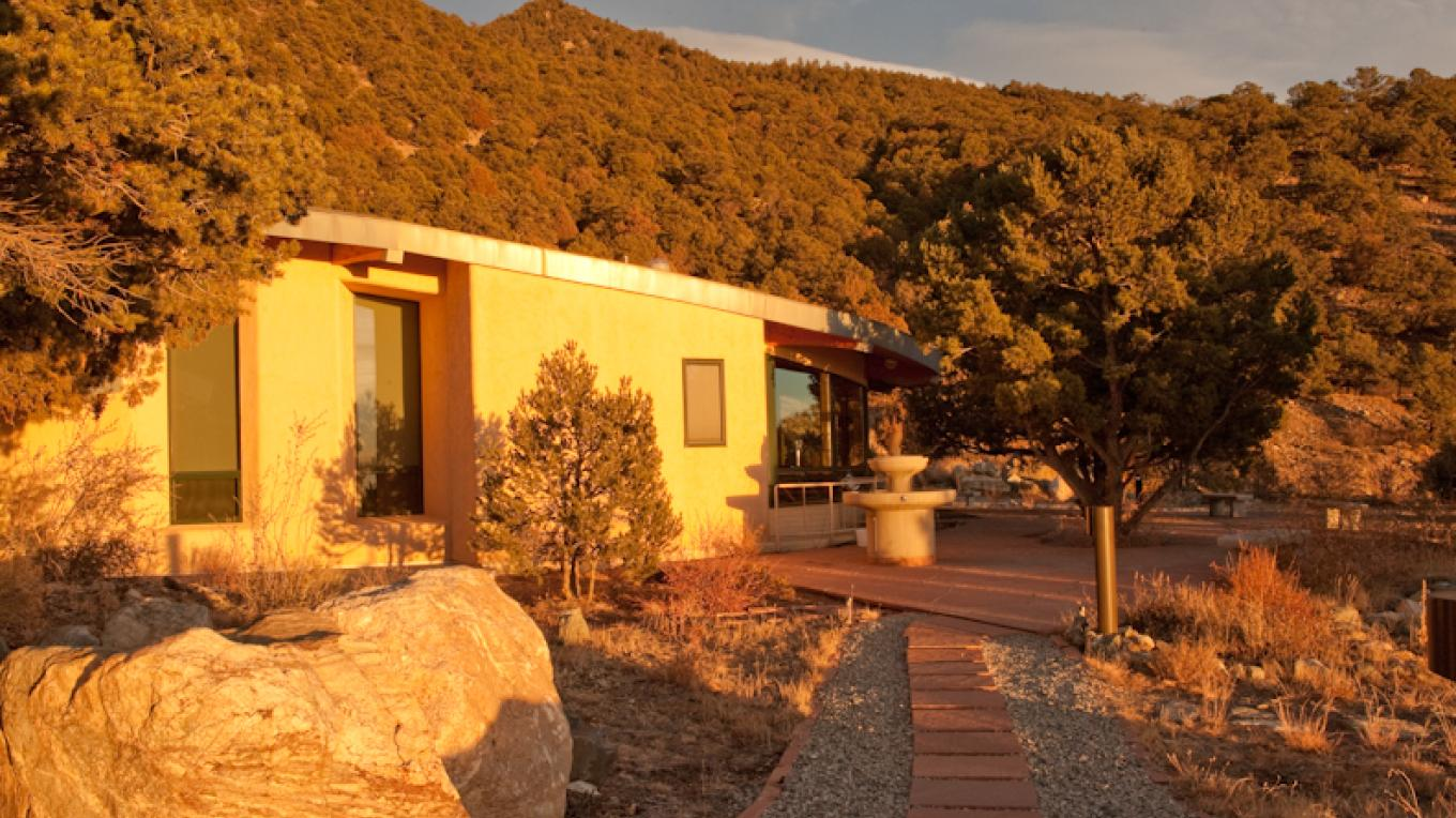 SII's Oval shaped, strawbale infill construction sanctuary. – Matthew Crowley
