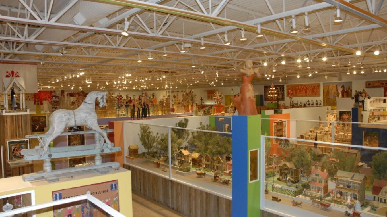 Museum of International Folk Art - Girard Collection