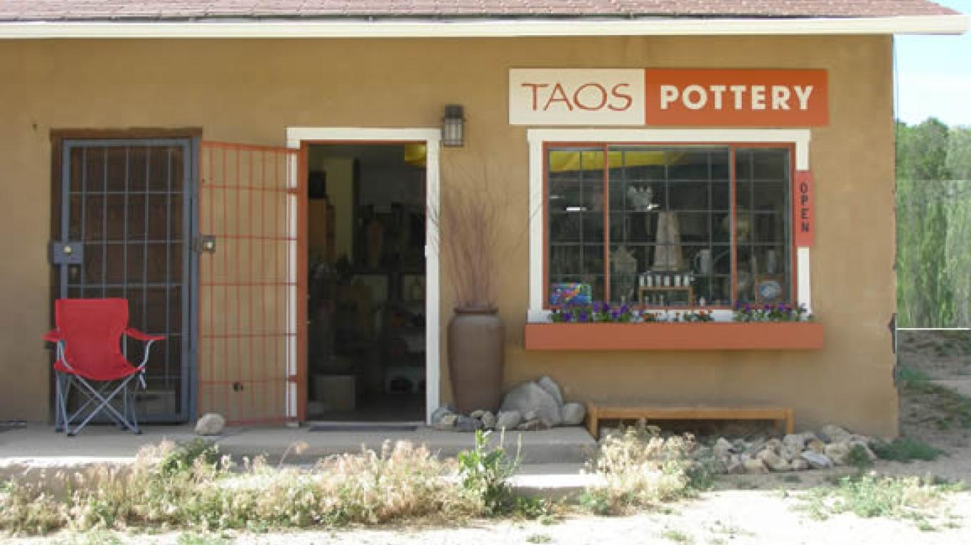 Taos Pottery in the Village of Questa, NM – Sandra Harrington