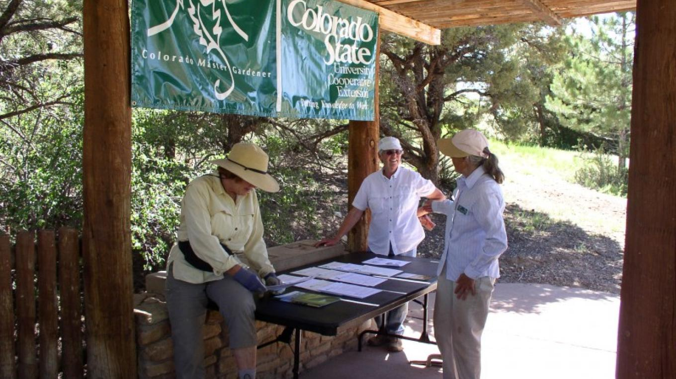 The Anasazi Heritage Center grounds are an official demonstration garden with the Plant Select program in parntership with the Colorado State University Cooperative Extension Master Gardener volunteers. – Bureau of Land Management Anasazi Heritage Center