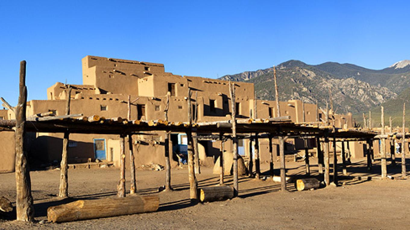 Taos Pueblo – Copyright © 2010 Geraint Smith