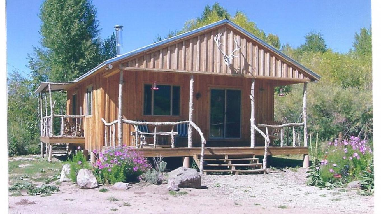 Cabin on river – JJ