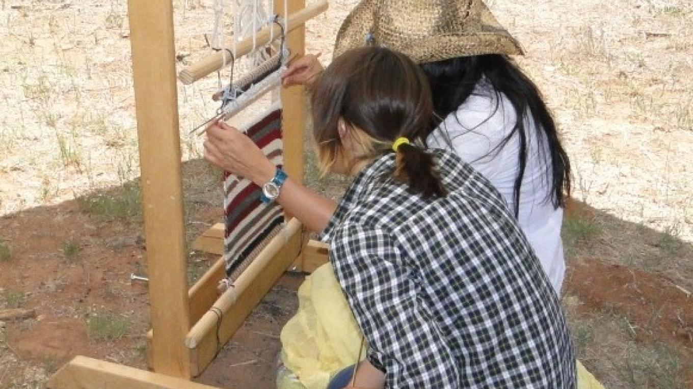 Fiber arts demonstration - weaving. – Cindy Dvergsten