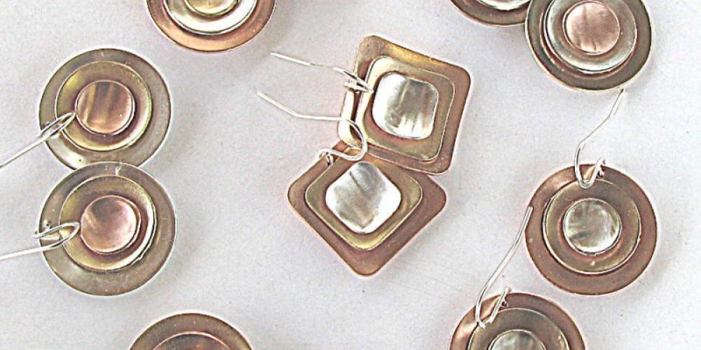 Bullseye - earrings by The Smiling Fox Studio