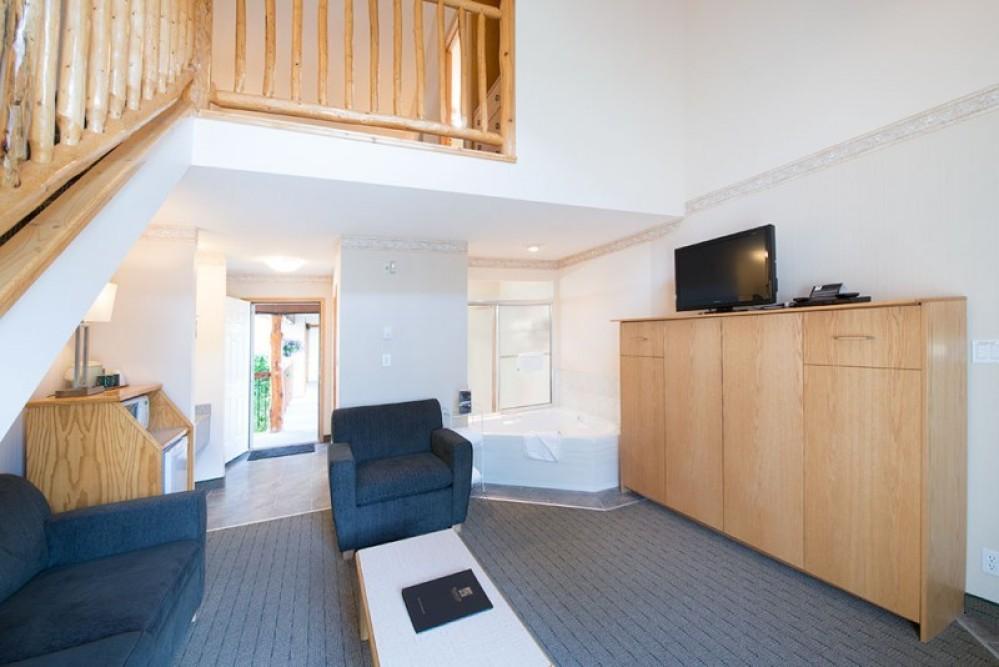 Loft Suite has two bathrooms!