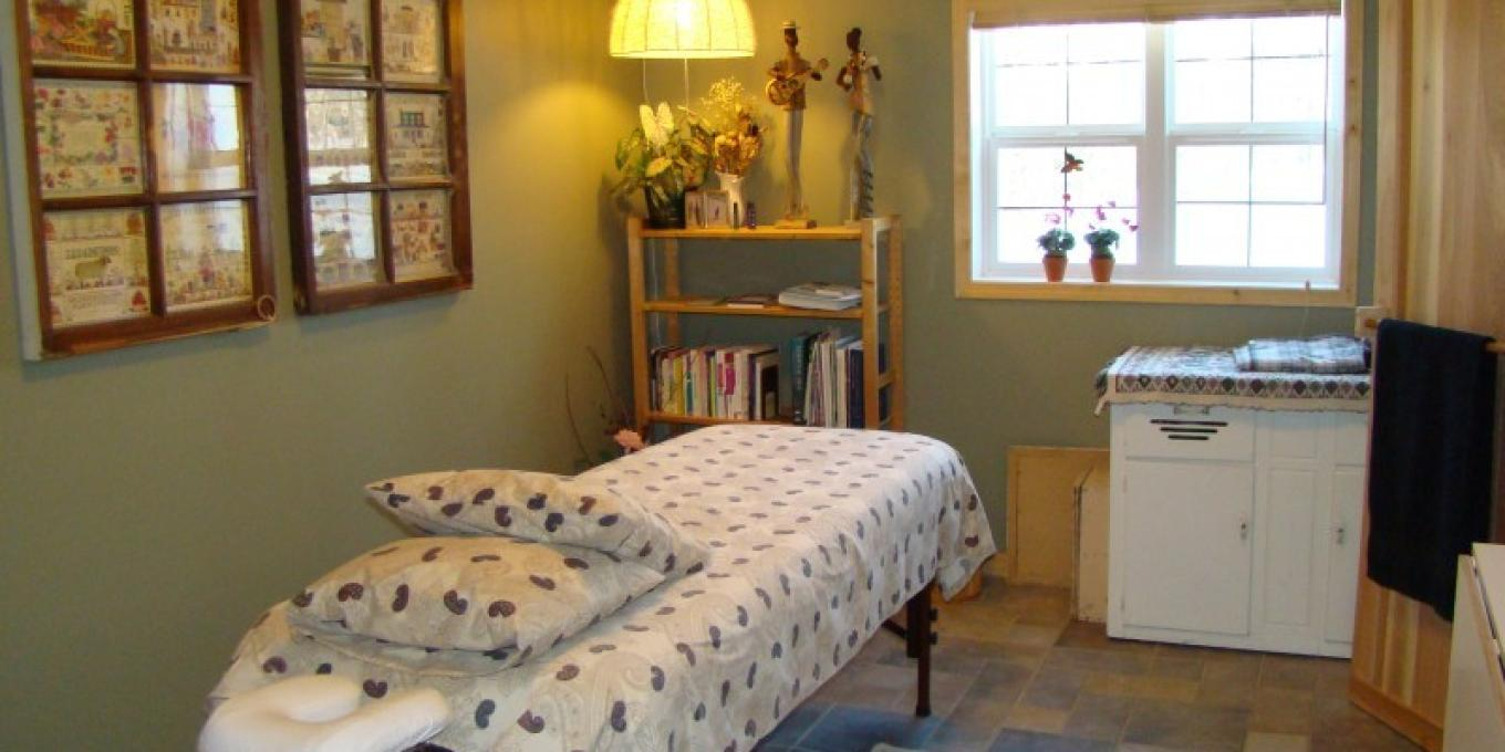 Wellness Room for essential oil spa treatments – Janet Casey