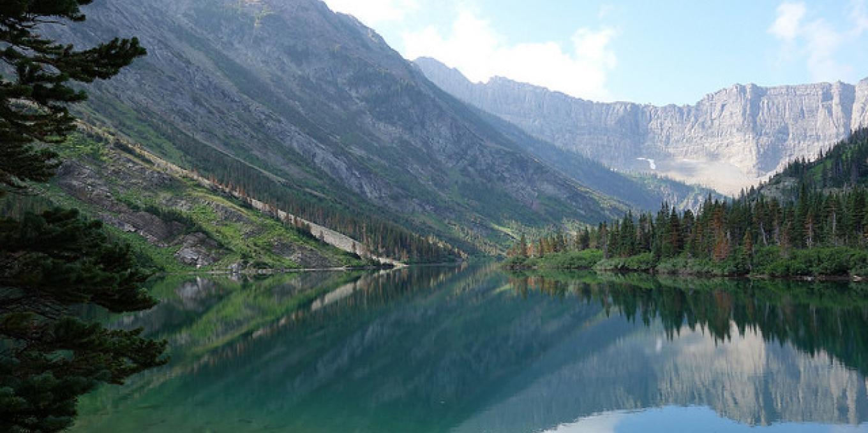 Bertha Lake, Waterton Lakes National Park. – © steve / www.flickr.com/photos/albertascrambler