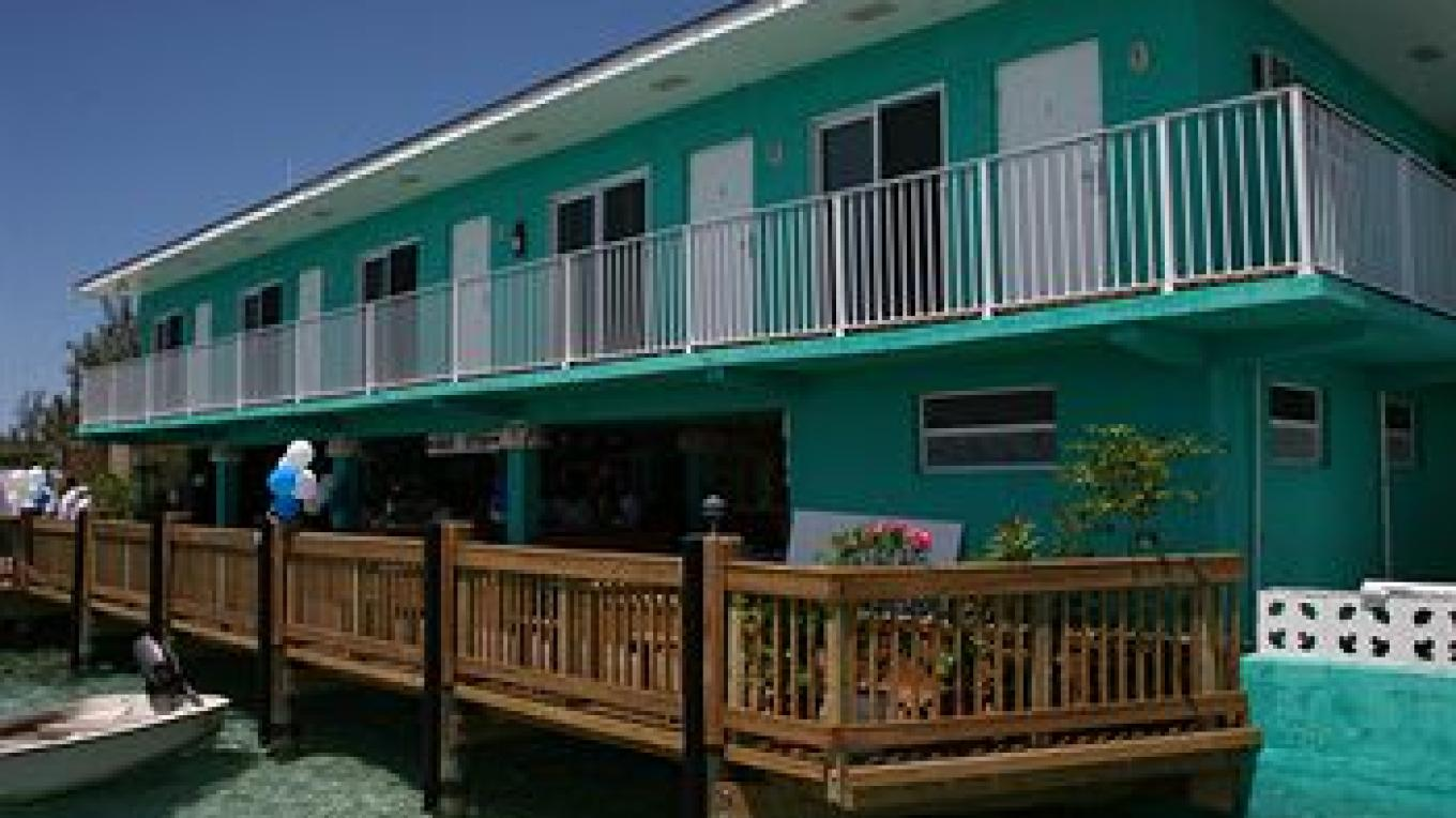 Big John's Hotel and dock – Big John's Hotel