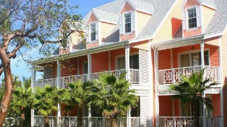 Bimini Building (hotel rooms) at Valentine's – Valentine's Resort