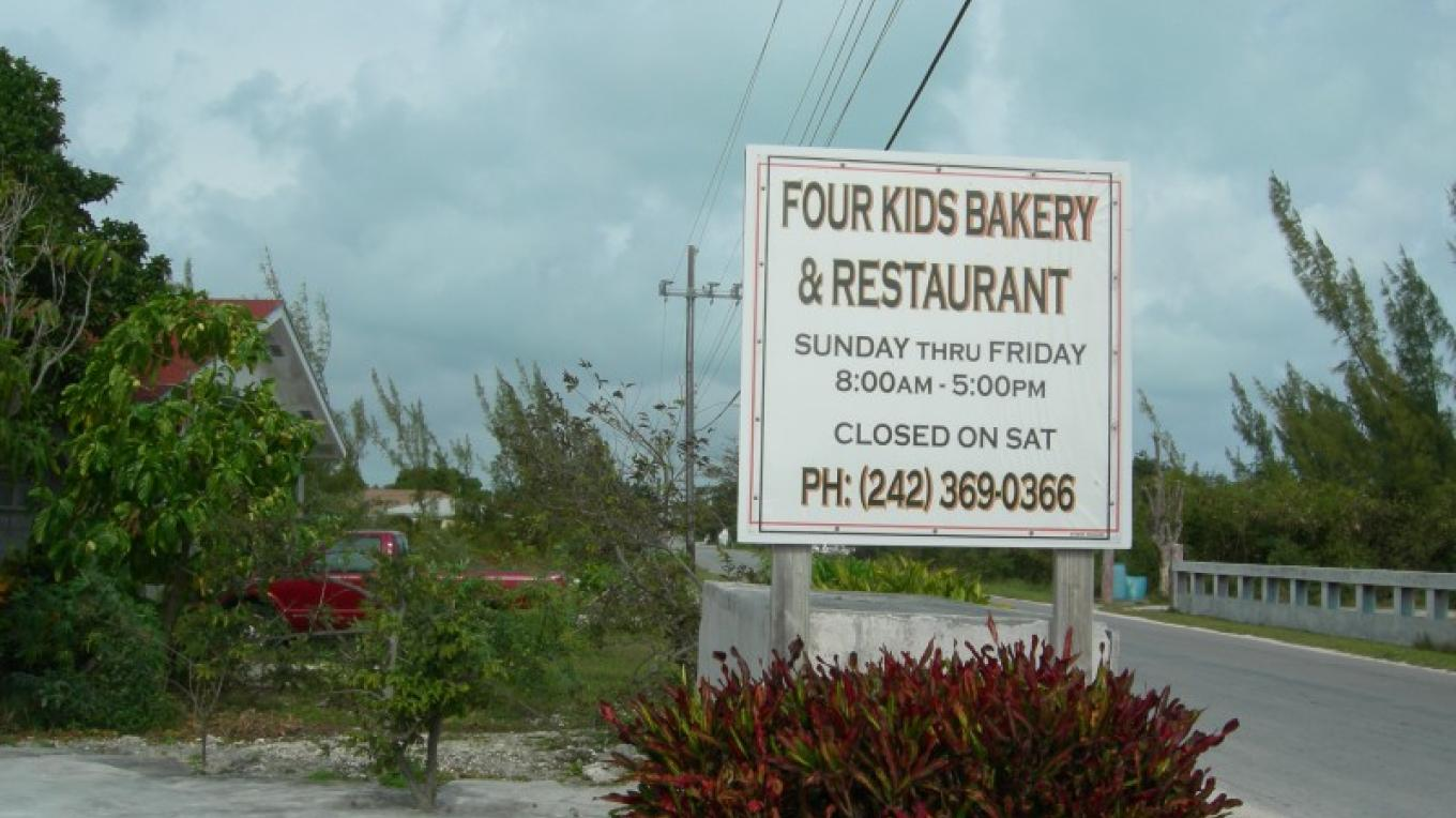 Photo of Company sign. – Bahamas Ministry of Tourism