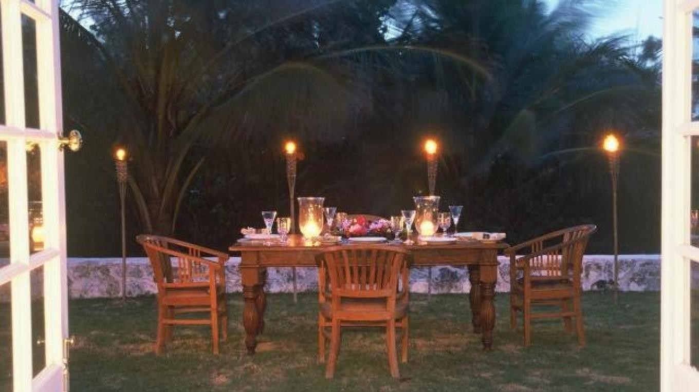 Photo of outside dining. – Kamalame Cay Resort