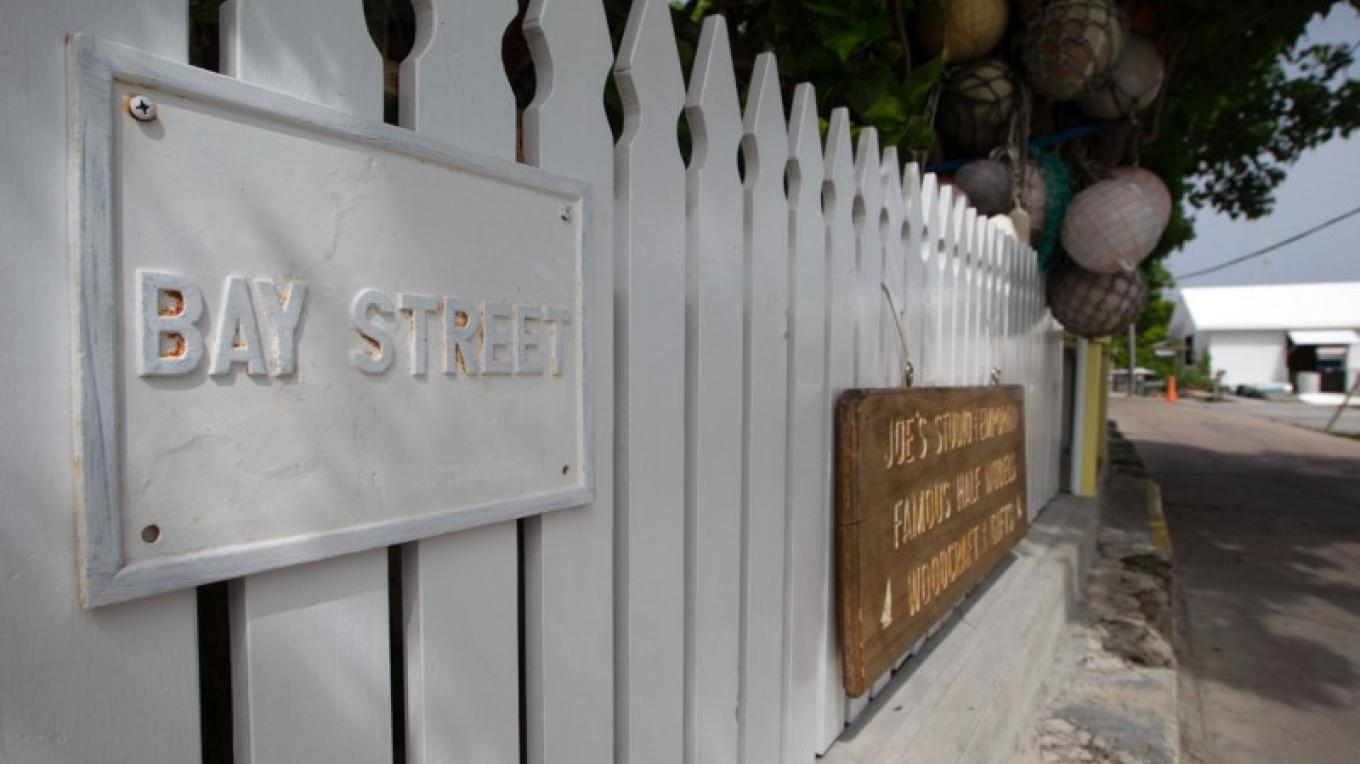Picket Fence on the way to Joe's Studio – Bahamas Ministry of Tourism