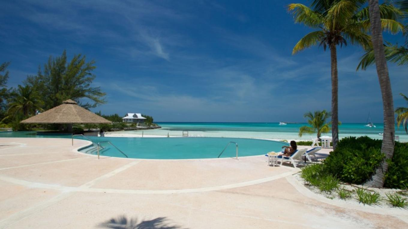 The Beach and Pool at Chub Cay Club – Bahamas Ministry of Tourism