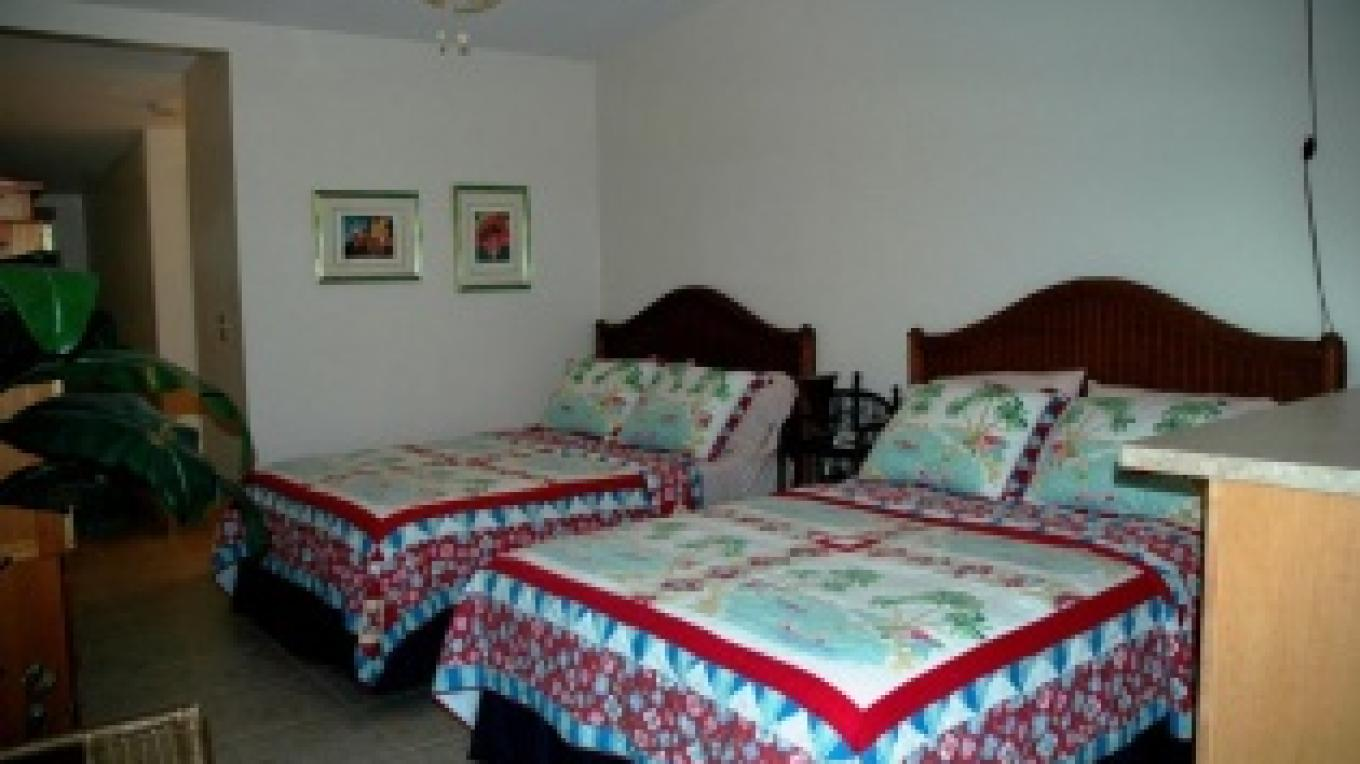 Two Double Beds Unit