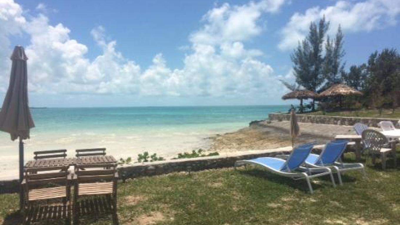 View of the turquoise blue waters from the lounge area – tripadvisor