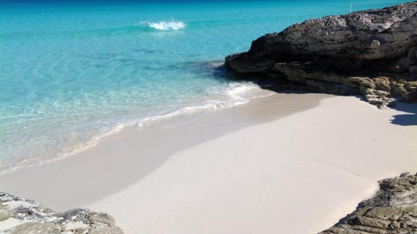 One of the Sandy Coves in the Rocks at Sugar Beach – Bahamas Ministry of Tourism