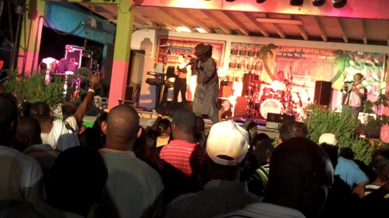 Entertainment at the Crab Festival. – Ministry of Tourism