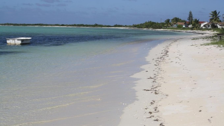 Pirate's Well Beach – Mayaguana Administrator's Office