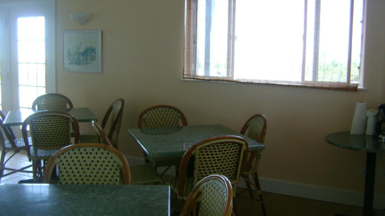 Dining area – Janice Darville Tolas