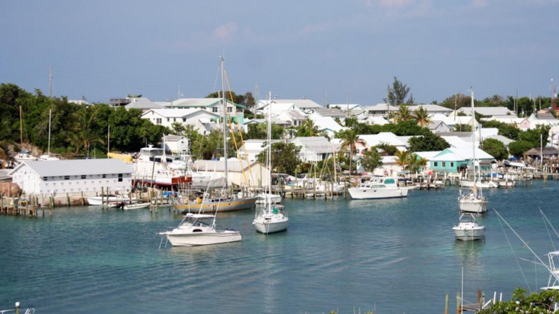 Man-o-War Cay Harbour – Destination Abaco