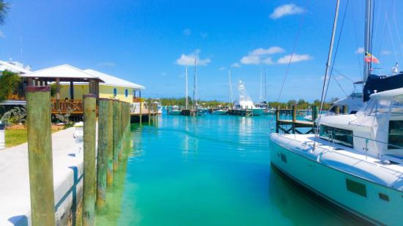 View of Wreckers Restaurant from a yacht about to dock – tripadvisor