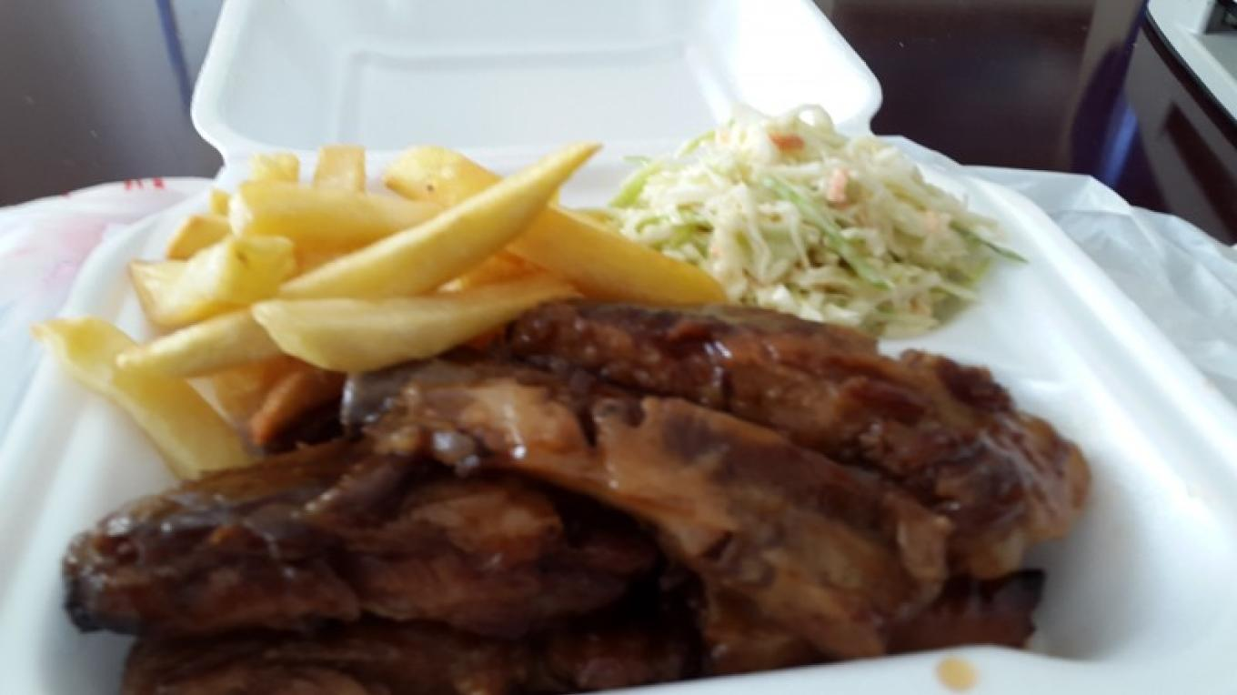 Sweet and tasty barbecue ribs, fries, and cole slaw!!