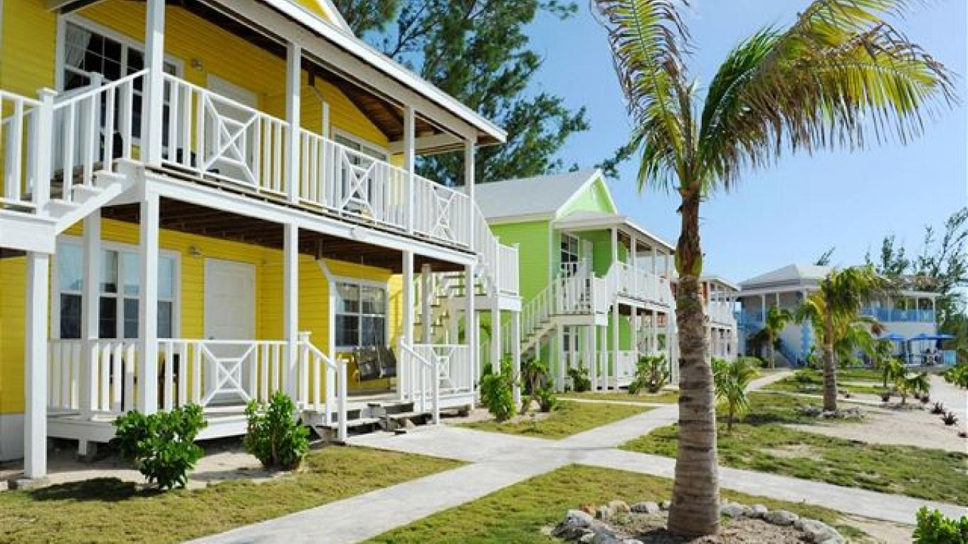 View of the manicured grounds – Eleuthera vacation rentals