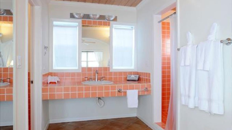 Bathroom – Eleuthera Vacation Rentals