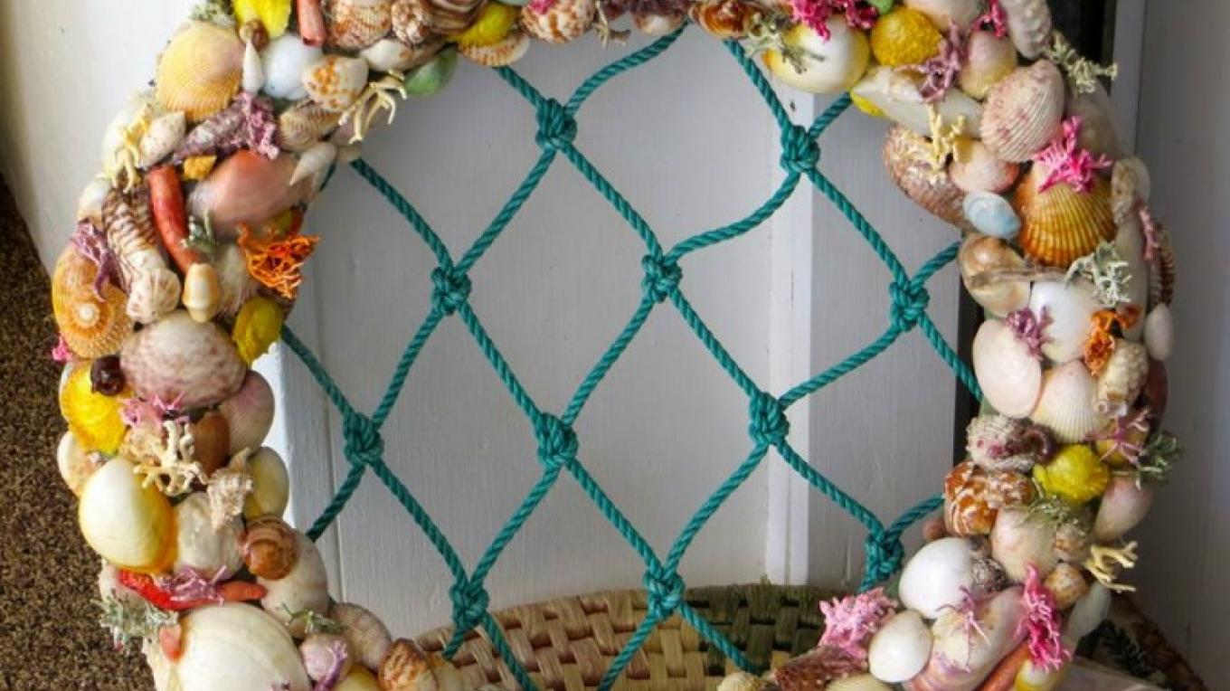 Shell wreath – Ponderosa Shell & Gift Shop