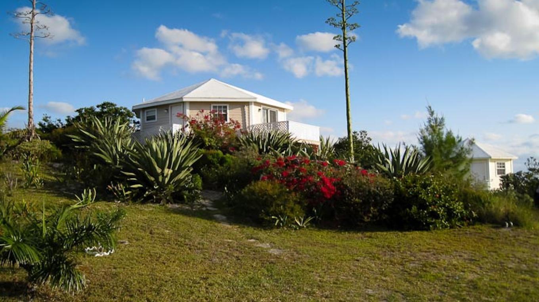 A cottage at Northside Ocean Resort – Northside Ocean Resort