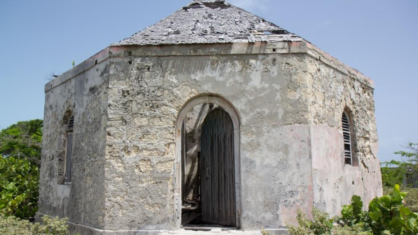 Exterior of Jail in Albert Town on Long Cay. – Bahamas Ministry of Tourism